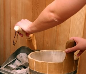 Finnish Hot Rock Saunas - Bucket and Dipper
